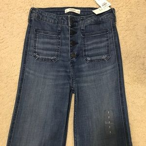 NWT Abercrombie and Fitch Flared Jeans